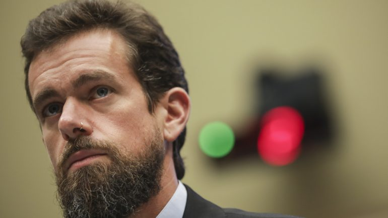 Jack Dorsey tweets about Trump banning from NPR