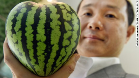 $ 27,000 watermelon?  Get rid of the high prices of the luxury fruit habit in Japan
