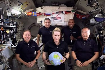 NASA's International Space Station crew flies into space for the New Year - in the movement of zero gravity