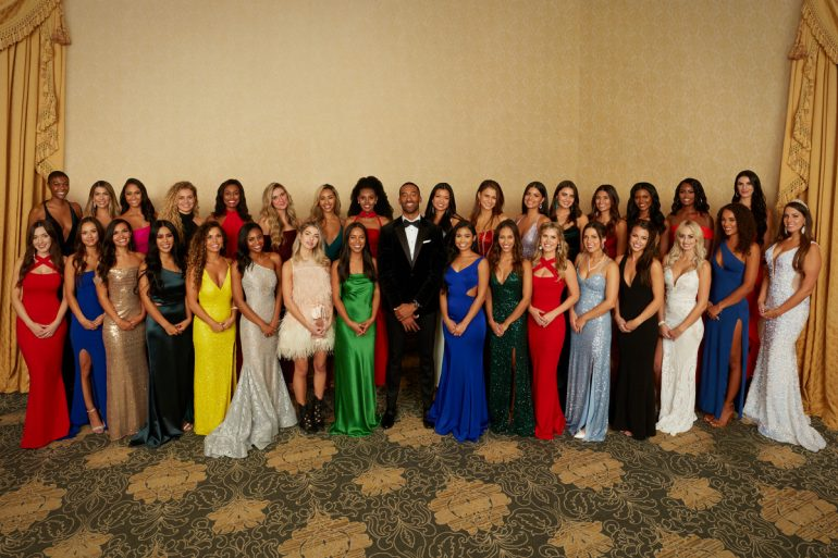 "Why do ""Bachelor"" contestants end up wearing the same dresses?"